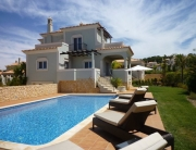Excellent Villa 3 + 1 bedrooms in The Crest - pool view - NewPro Real Estate