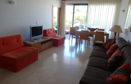 Aquamar APARTMENT T1 – living room - Newpro real estate