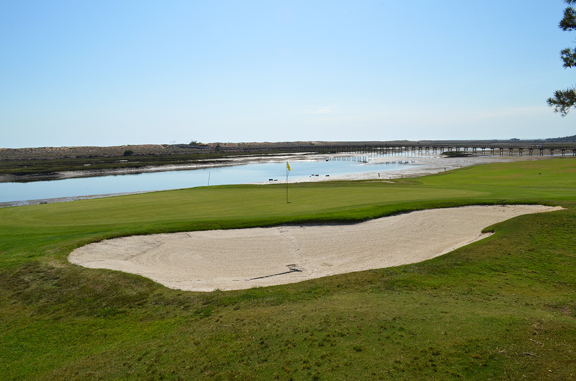 Golf in Quinta do Lago with the view over the Ria Formosa