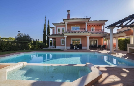 Stunning and elegant 5 bedroom villa for sale situated between Vale do Lobo and Vilamoura (4) (Cópia)